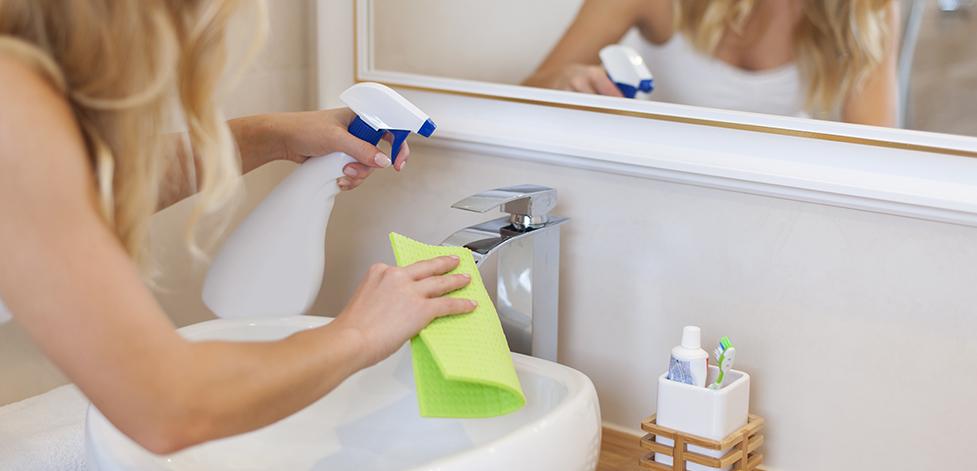 Чем чистить известковый налет
