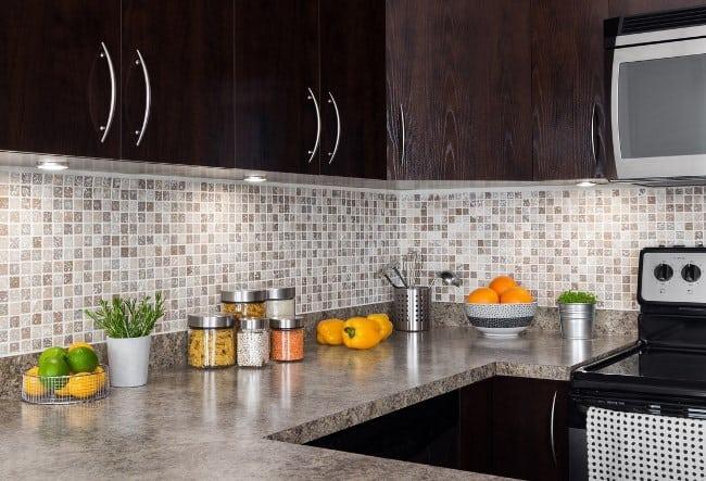 Чем мыть плиту на кухне