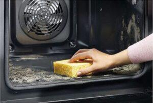 Отмываем духовку от жира